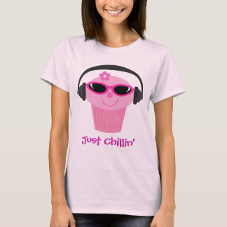 Just Chillin' Cupcake With Headphones & Shades T-Shirt