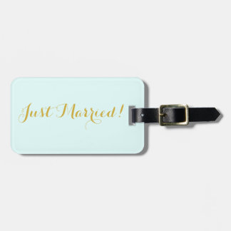 Just married in gold honeymoon travel luggage tag