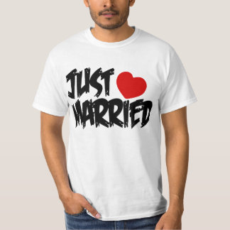 JUST MARRIED,NEWLY WEDS,NEWLY MARRIED COUPLE T-Shirt