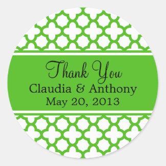 Kelly Green Quatrefoil Pattern Wedding Thank You Classic Round Sticker