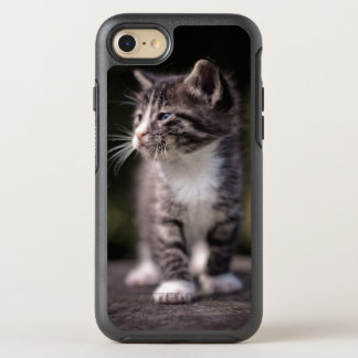 Kitten standing and squinting OtterBox symmetry iPhone 8/7 case