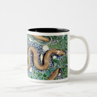 Large oval dish moulded in relief Two-Tone coffee mug