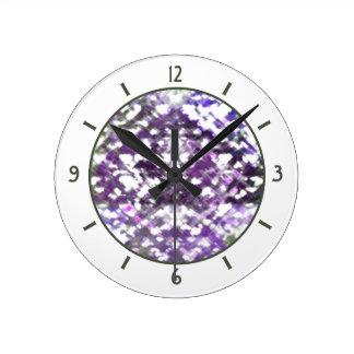 Lattice Floral Soft Purple Clock round med