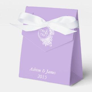 Lavender Mr & Mrs Personalized Wedding Favor Box Wedding Favour Boxes