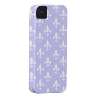 Lilac & White Fleur De Lis Pattern iPhone 4 Case-Mate Case