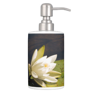 Lilly Pad Toothbrush Holder
