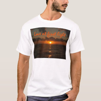 Love at first light. T-Shirt