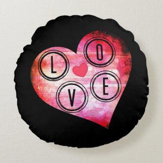LOVE heart Round Cushion