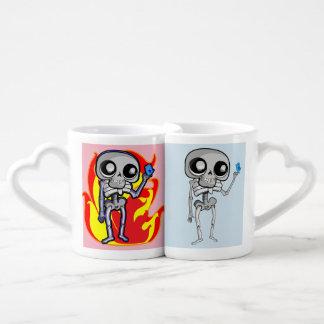 Lover's mug set with skeleton