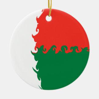 Madagascar Gnarly Flag Round Ceramic Decoration
