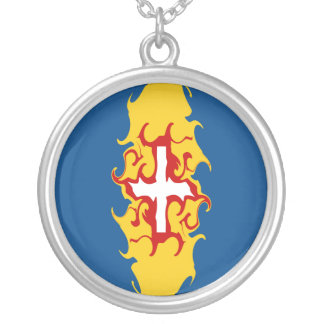 Madeira Gnarly Flag Round Pendant Necklace