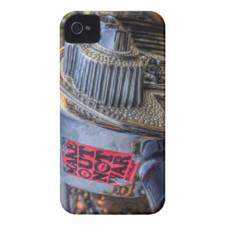 Make Out Not War iPhone 4 Case