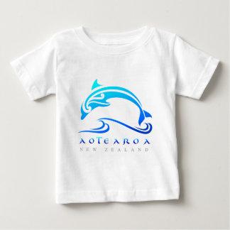 maori dolphin NZ White Tshirt