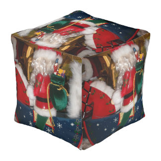 Merry Christmas Colors Cute Retro Vintage Gifts Pouf