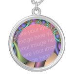 metallic chains fractal frame round pendant necklace