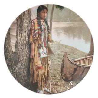 Minnehaha 1897 Native American Hiawatha Vintage Plate