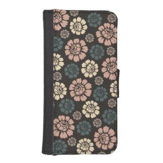 Modern Rose iPhone 5/5s Wallet Case