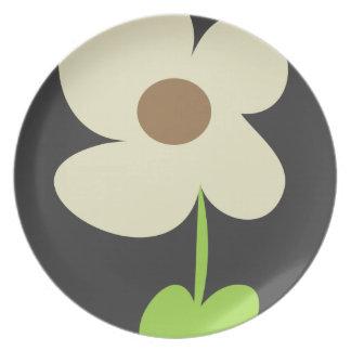 Modern Zen Daisy Dinner Plate
