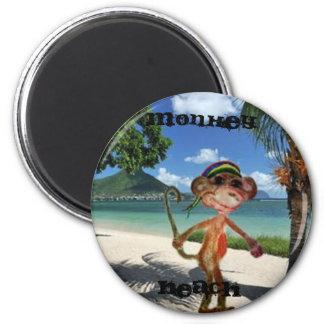 Monkey Beach Button 6 Cm Round Magnet
