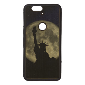 Moon and Lady Liberty Wood Nexus 6P Case