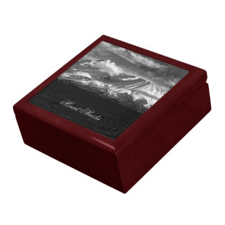 MOUNT SHASTA IN BLACK AND WHITE LARGE SQUARE GIFT BOX