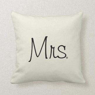 Mrs. Pillow