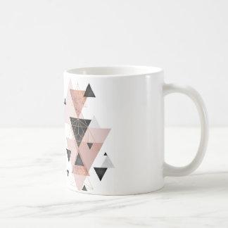 Mug with triangle theme