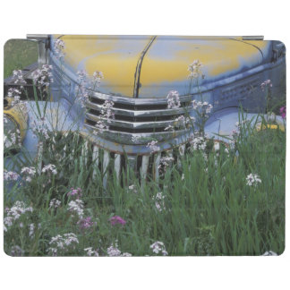 NA, USA, eastern Washington, Old truck with iPad Cover