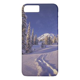 NA, USA, Washington, Mt. Rainier NP, Snowshoe iPhone 8 Plus/7 Plus Case