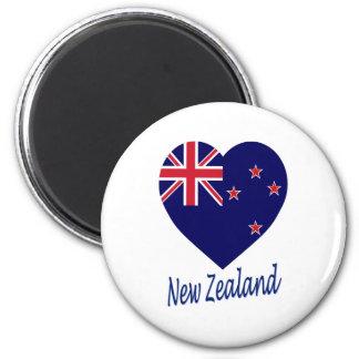New Zealand Flag Heart 6 Cm Round Magnet