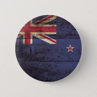 New Zealand Flag on Old Wood Grain 6 Cm Round Badge