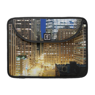 Night view of cityscape of Chicago Sleeve For MacBook Pro