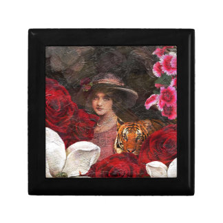 Oil Textured Roses Tiger Woman Gift Box