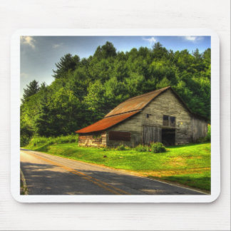 Old Barn in North Carolina Mountains Mouse Pad
