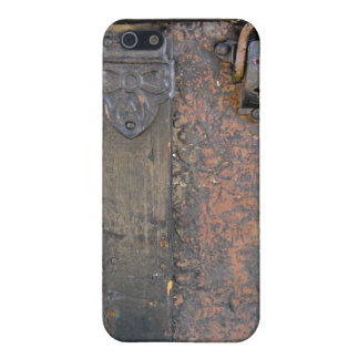 Old Leather and Iron Trunk Lock iPhone 5 Cover