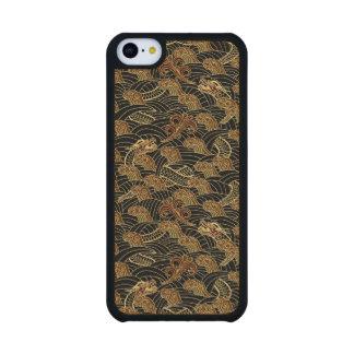Oriental Sea Dragon Pattern Carved® Maple iPhone 5C Slim Case