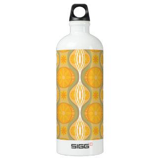 Original Retro Daisy pattern in Orange SIGG Traveller 1.0L Water Bottle
