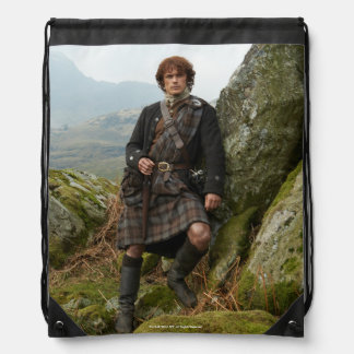Outlander | Jamie Fraser - Leaning On Rock Drawstring Bag