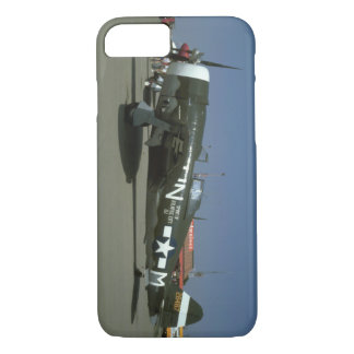 P47, Left View._WWII Planes iPhone 8/7 Case