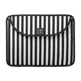 Pattern Of Stripes, Striped Pattern - White Black Sleeve For MacBook Pro