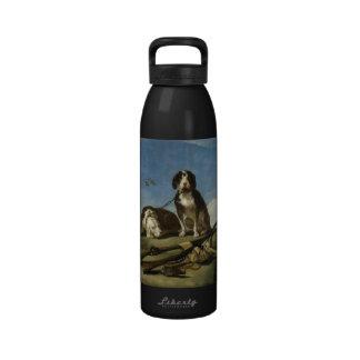 Perros en traílla Bottle Water Bottles