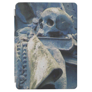 Philosophy's Skull, Book & Beads (midnight blue) iPad Air Cover