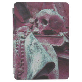 Philosophy's Skull, Book & Beads (midnight mauve) iPad Air Cover