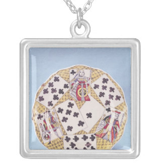 Plate decorated with a trompe l'oeil silver plated necklace