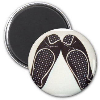 polka shoes 6 cm round magnet