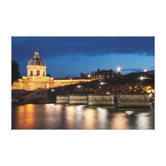 Pont DES arts and institut of France Paris