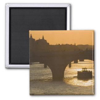 Pont Neuf, Seine, sunset, Paris, FranceMusee Square Magnet