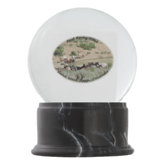 Pool Party Time Sand Wash Basin Snow Globe