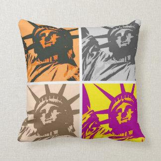 Pop Art Statue of Liberty Four Colors Cushion