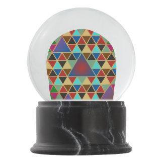 Pretty Triangle pattern III + your ideas Snow Globes